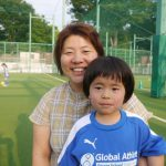 諦めずに何度でも挑戦することをサッカーと英語の両方から学んでいます